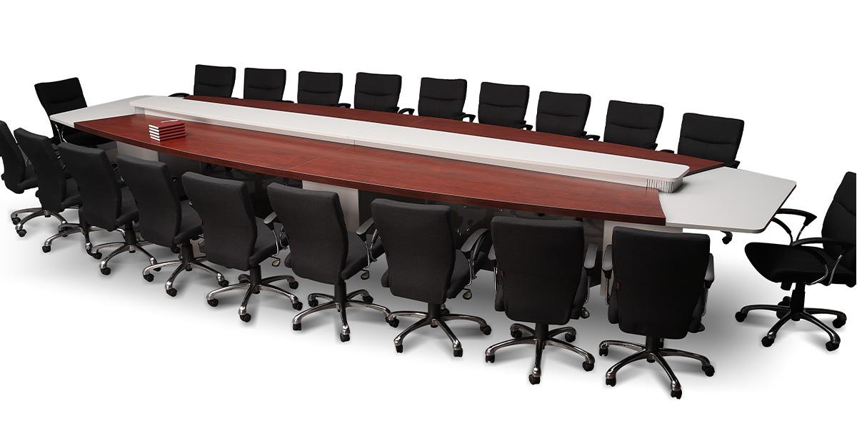 میز کنفرانس هجده نفره شاهین دارای امکاناتی از قبیل پیشخوان پذیرایی و درپوش سیم عبوری است. بعلاوه این محصول دارای قابلیت نصب الکتریک باکس به میزان لازم است.