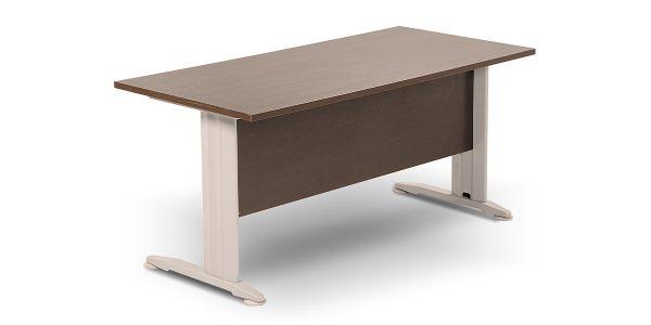 میز مدولار ساخته شده از MDF با ضخامت 25 میلیمتر است.