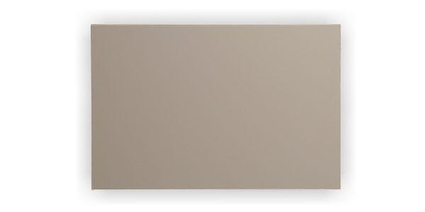 جلومبلی زاگرس، از جنس MDF با روکش soft touch ساخته شده است.