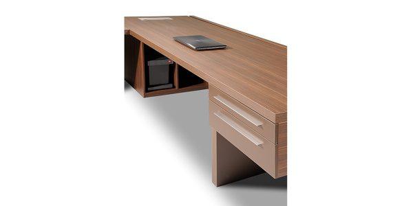 میز مدیریت البر از زاویه دیگر