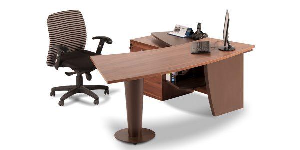 میز کارشناسی موج دارای کشو جهت قرارگیری لوازم شخصی و درپوش عبور سیم میباشد.